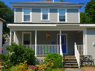 Comfortable Quiet Home in Town Bar Harbor