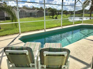 POOL VILLA AT TOWN CENTER RESERVE 15MIN TO DISNEY