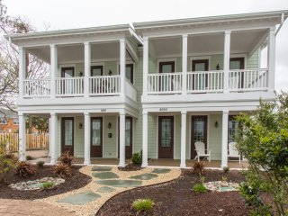 Luxury Two Bedroom Cottage Near Virginia Beach Oceanfront