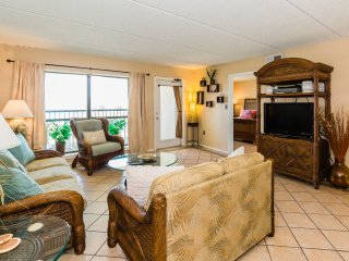 Stunning 3bed/2bath 9th Floor Ocean View- Upgraded Again!