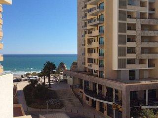 Beautiful apartment in front of Praia da Rocha!