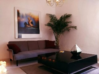 Two Story 2BR apartment in Roma Sur
