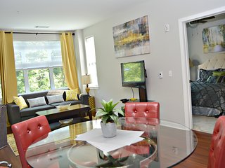 Montclair | Stunning Digs | Montclair close 2 NYC