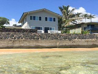 Oceanfront 3 BR cottage on Kauai!