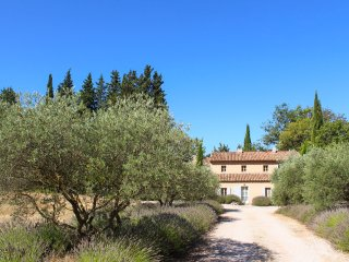 6 bedroom Villa in Beaurecueil, Provence-Alpes-Cote d'Azur, France : ref 5452399