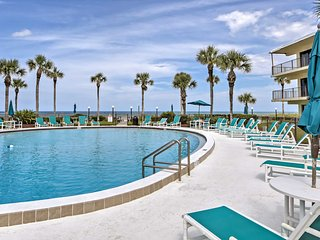 Family-Friendly St Augustine Condo, Walk to Beach!