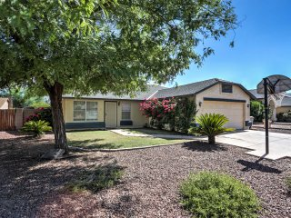 Glendale Home w/Yard-12 Miles to Downtown Phoenix!