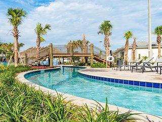4882CTD. Magical 5 Bedroom 4 Bath Town Home in Storey Lake Resort