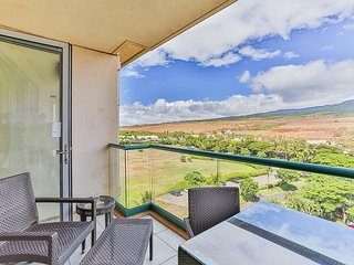 Lanai with with of the rainbow mountains
