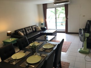 Spacious 86 Sq m, 2-Bdrm Apt at Nimmanhaemin Soi 2