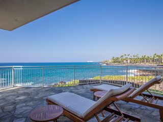 4 bedroom OCEANFRONT home in gated community, Alii Point 12-PH12Alii