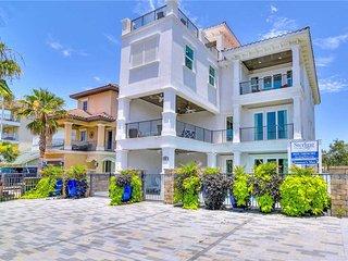 Frangista Beach 'Truman's Max' 84 Sarasota St