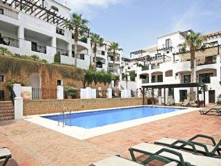 2014 - 2 bed dulpex apartment, Pueblo Los Monteros, Marbella