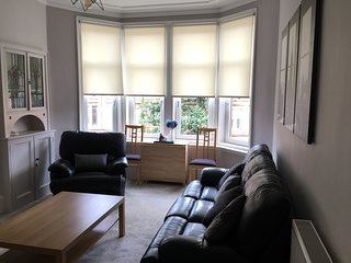 Great Location, Beautiful 2 Bed West End Flat