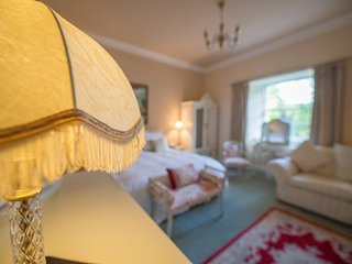 Executive/Bridal Suite - Executive/Bridal Suite 2