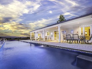 Bella Terra Healdsburg - Upscale, Modern four bedroom, three bath home