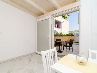 Apartment Riki - Studio Apartment with Balcony and City View A2