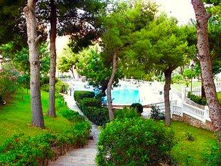 Apartamento vista al jardin y 600 m de la playa