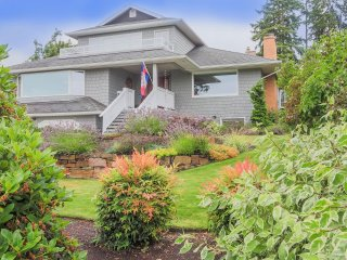 ★ 800sqft ★ Private Entr + Bath ★Near Carkeek Park, SAFE Neighborhood!