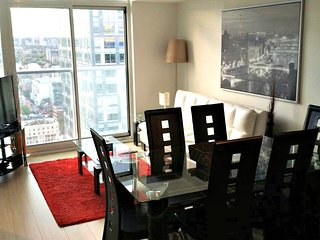Spectacular 1BR Suite In Harbour Plaza - 9054171