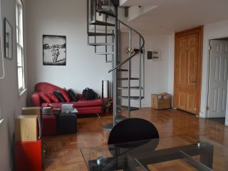 Lovely Loft in renovated house Cerro Alegre