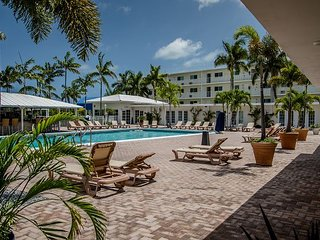 1 bedroom condo at Skipjack Resort, near Sombrero Beach, Boot Key Harbor