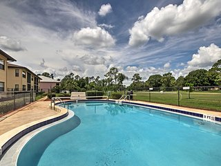 Sebring Golf Course Condo w/ Pool Access & Patio!