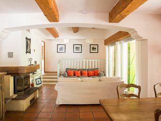 Tavernes Villa Sleeps 8 with Pool - 5386509