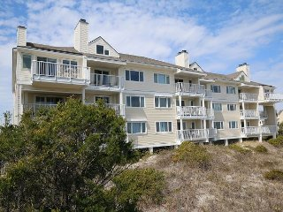 Wrightsville Dunes 1C-H - Oceanfront condo with community pool, tennis, beach