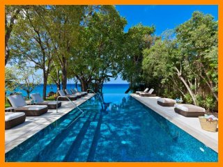 Crystal Springs - beachfront, cinema, private pool
