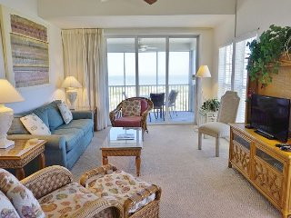 3 Bedroom Family Friendly with Great View of the Beach and Gulf! C1222C