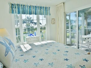 Eye catching nice two bedroom near the Pool with a Nice Gulf view too! B3313B