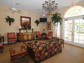 1039TH. Tuscan Hills 4 Bed 3 Bath with Pool & Spa in DAVENPORT FL