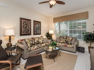 7654CS-104. 3 Bedroom 2 Bath Condo In Windsor Hills Resort