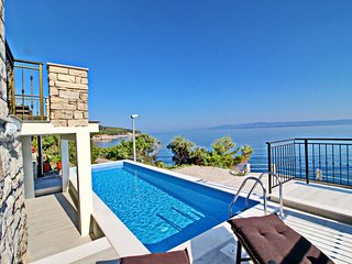 Holiday Home Dona Maria - Three Bedroom House with Pool and Sea View