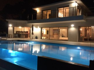 brand new modern villa 15mn from cannes Festival,