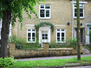 Hare House,  lovely location in Chipping Norton within the Cotswolds