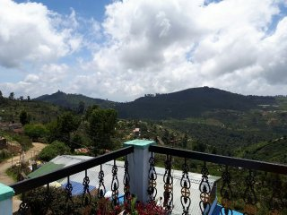 Inba Holidays Villa - Bedroom 1