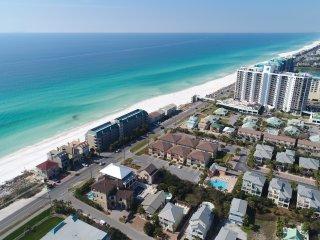 'Miramar Paradise' Private Heated Pool with Gulf Views! 75 feet to Beach!