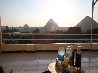 Horus Guest House Pyramids View (King or 2 Twins)