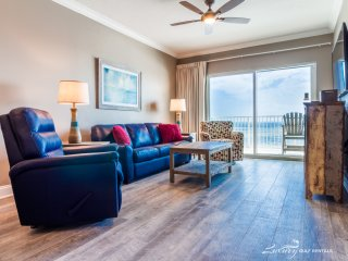 Crystal Shores 1302