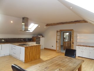 Large Barn Conversion just off the M4, Pontardawe, Neath, South Wales