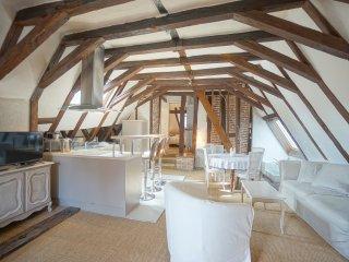 Le Gite du Vieux Tours 'Rotisserie'