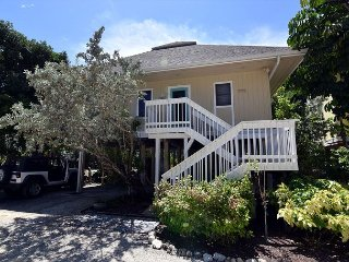 Sunset Captiva 16 - Beautifully renovated w/sleeping loft