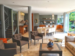 3 br Modern Villa upper Amapas location, views to jungle , ocean , common pool