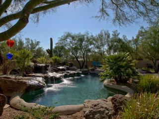 North Scottsdale/Cave Creek Luxury 5 Bedroom Oasis with Spectacular Pool/Hot Tub