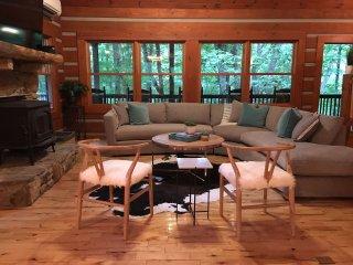 Hidden Cove Cabin