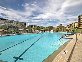 Beachfront Sarasota Resort Condo w/Siesta Key View