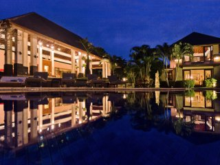 5-6 Bed Private Pool Villa - Villa Menari Bali - North Seminyak. Sleeps 10-12.