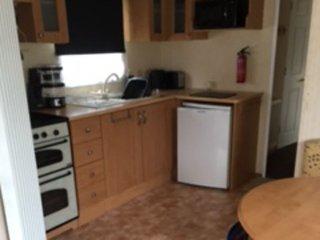 Hillside holiday home, Coghurst sleeps 6